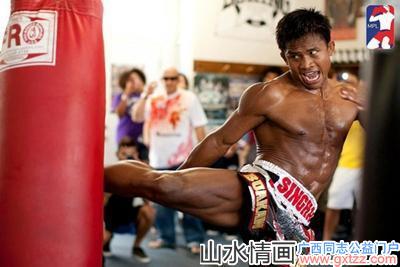 泰国拳王体检时却败阵雄起,女护士尴尬装看不见