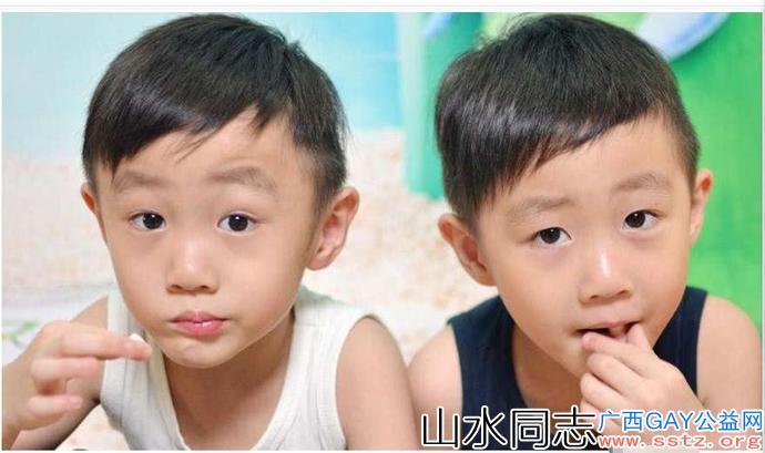 一对双胞胎高考考出同样的分数,双获理科状元,又高又帅还很有钱
