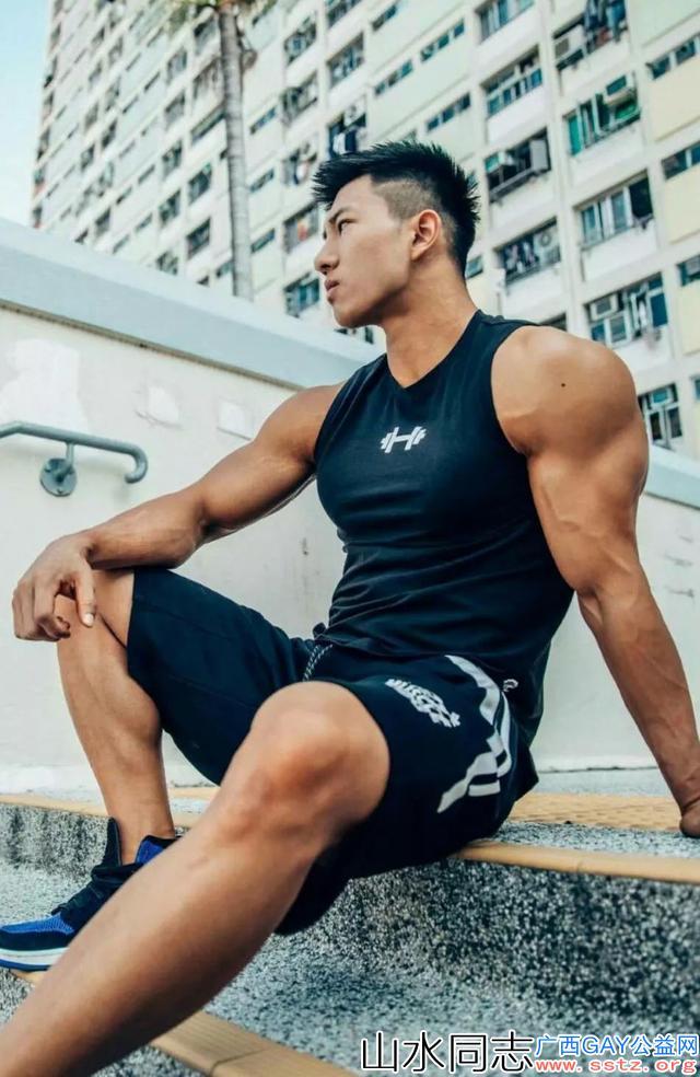 【高清多图】北体毕业肌肉男身材完美,这才是励志的最美表现