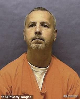 """专杀老年男同性恋的美国FBI十大通缉犯""""I-95杀手"""",被执行死刑"""