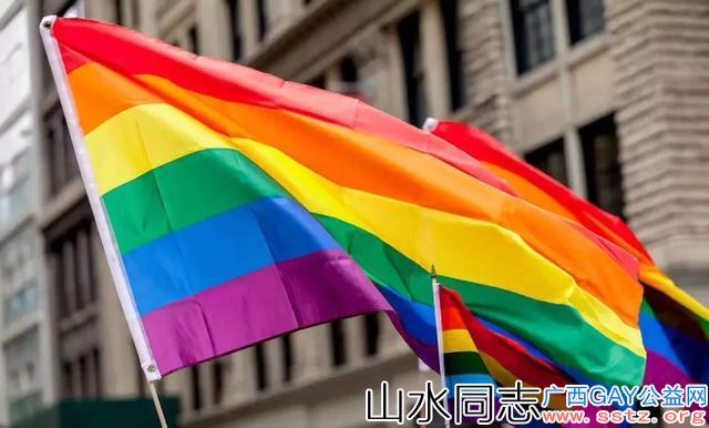 """gay喜欢男生,是先天基因决定的,还是后天被人""""掰弯""""的?"""