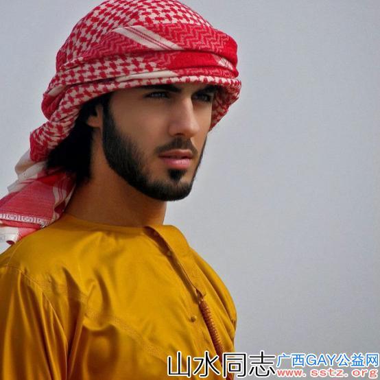 """阿联酋男模因太帅曾被""""驱逐"""",却迎来事业高峰,现在成晒娃狂魔"""