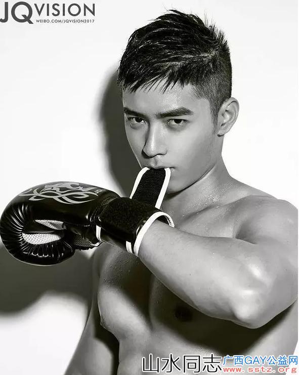 智商和颜值双在线的小哥哥,拳击造型写真照直击心脏!
