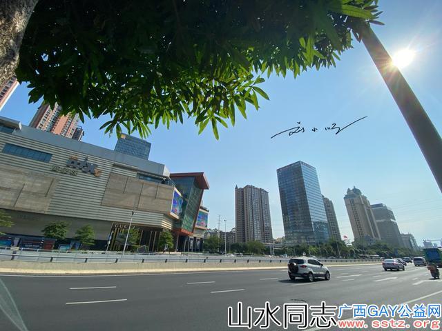 北方游客第一次去广西旅游时,惊叹道:南宁居然这么发达?