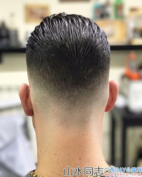 男生发型别乱剪,这9款造型干净帅气,很有精神